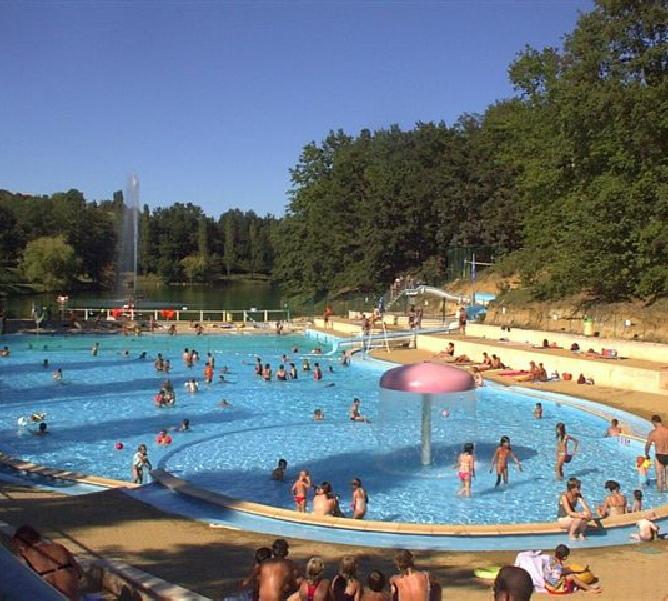 Accueil campings montauban piscine couverte chauff e tarn et garonne 82 montauban moissac for Piscine cascade toboggan